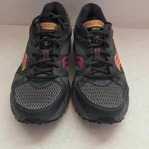 SAUCONY Grid Terrain Running Trail Shoes SIZE 9